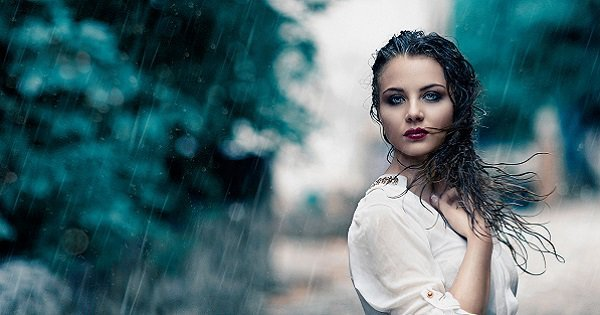 Secrets To Make Your Makeup Stay All Day During Monsoon. makeup-stay-day-monsoon monsoon makeup look