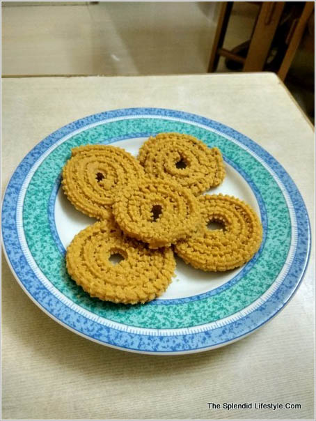 how-to-make-bajra-chakali-millet-snacks-at-home